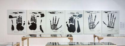 Picture Industry - Luma Arles - troisième partie - Jenny Holzer, Fingerprints, 2007