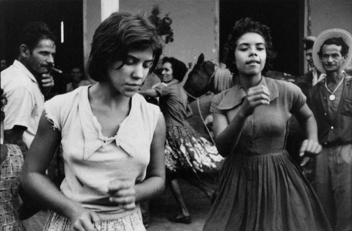 Agnès Varda, Salut les Cubains, 1963. Film 35 mm d'après photos argentiques noir et blanc, extrait de 2'11 (durée totale 30') © Agnès Varda / Ciné Tamaris