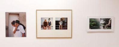 Mylène Blanc L'attachement, 2001 - Laurence Bonvin Nageurs, 1990 - Emilie Traverse Les fuyantes, 2012 - À première vue - Maupetit, côté galerie