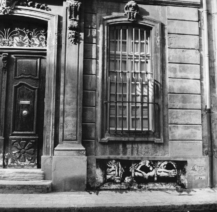 Immigrés Avignon 1974 © Ernest Pignon-Ernest