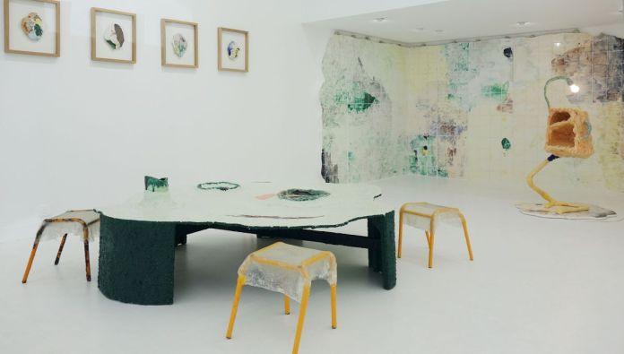 Côme Clérino - Et si on passait les meubles par la fenêtre - Double V Gallery
