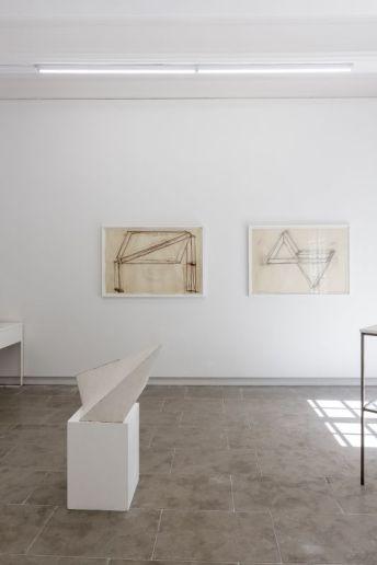 Tjeerd Alkema – « Antiquités (les) Sont toujours de fabrication moderne » à la galerie ALMA ©David Huguenin 01