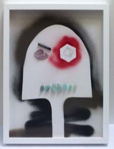 Rodolphe Huguet - MinHerói, (Portrait de mineur), 2012-2013 - Dessin à la bombe aérosol, papier aquarelle, collage de pierres précieuses lapidées, tourmaline, aigue-marine, tourmaline, améthyste violette. 50 x 38 cm
