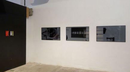 Basile Ghosn - Untitled (3 et tripoli), série «A place in the sun» et Untitled (torres blancas), série «La main gau, 2019 - A Place in the Sun à l'Entrepôt Gérald Moreau - Marseille