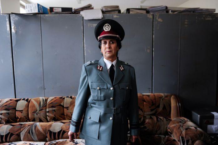 Farzana Wahidy, Police Woman [Policière], 2010 ©Farzana Wahidy