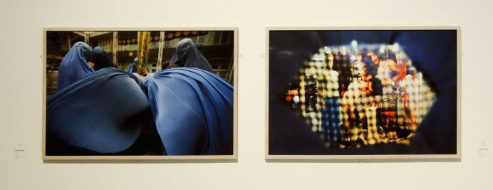 Farzana Wahidy, Prayers [Prières], 2009 et Look [Regard], 2007