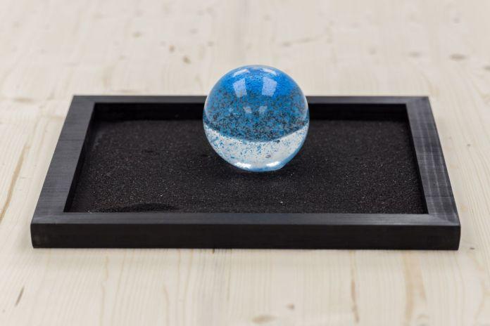 Florent Lamouroux - Boule à neige (7ème continent), 2019 - L'échantillon d'un jardin à la galerie de la Scep – Marseille - Photo Nassimo Berthommé