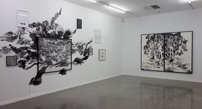 Abdelkader Benchamma - Fata Bormosa au MRAC à Sérignan - Vue de l'exposition Salle 3