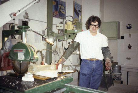 Giuseppe Penone dans l'atelier, 1997 - Photo Cirva