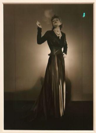 Man Ray - Juliet en robe du soir, sans date - Man Ray, photographe de mode - Musée Cantini - L'apogée d'un photographe de mode - Les années Bazaar