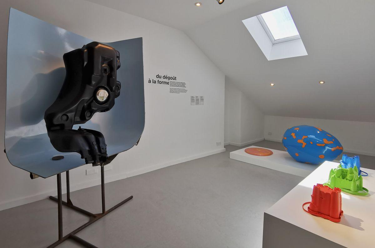 Recyclage/Surcyclage à la Villa Datris - Du dégoût à la forme - Vue de l'exposition