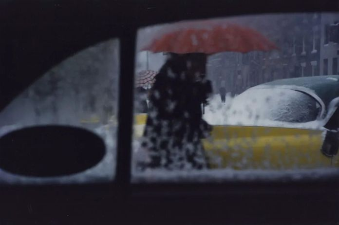 Saul Leiter - Red Umbrella, 1955