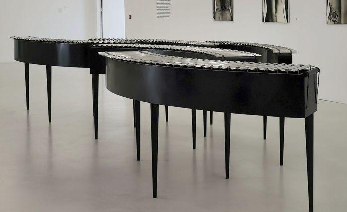 Bastien David - Métallophone circulaire, 2020 - Des Vies - ¡ Viva Villa ! 2020 - Les vies minuscules à la Collection Lambert, Avignon