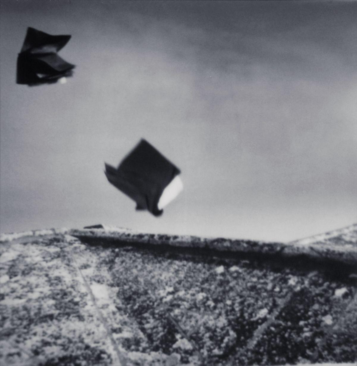 Corinne Mercadier - La Suite d'Arles (série). Église des Frères Prêcheurs IV Arles, 2003. Tirage sur papier baryté. 101 x 99 cm