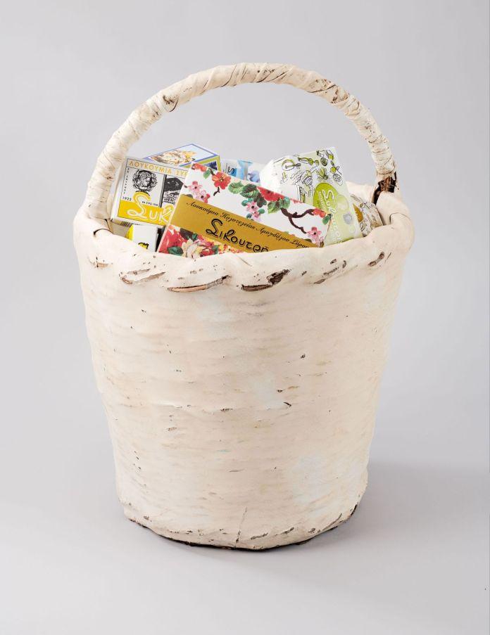 Panier pour la vente des loukoums. Vers 1960 © Mucem Marianne Kuhn