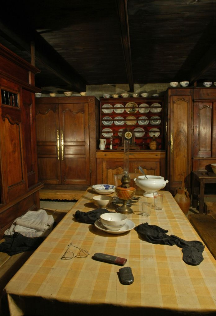 Salle commune d'une maison bretonne. France, Finistère, Goulien. Début des années 1960. Mucem © Mucem