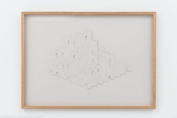 Suzy Lelievre – Sans titre, 2020, papier, 50 x 70 cm - Aquaplaning - Carte Blanche à Nicolas Daubanes à la Galerie ALMA©David Huguenin