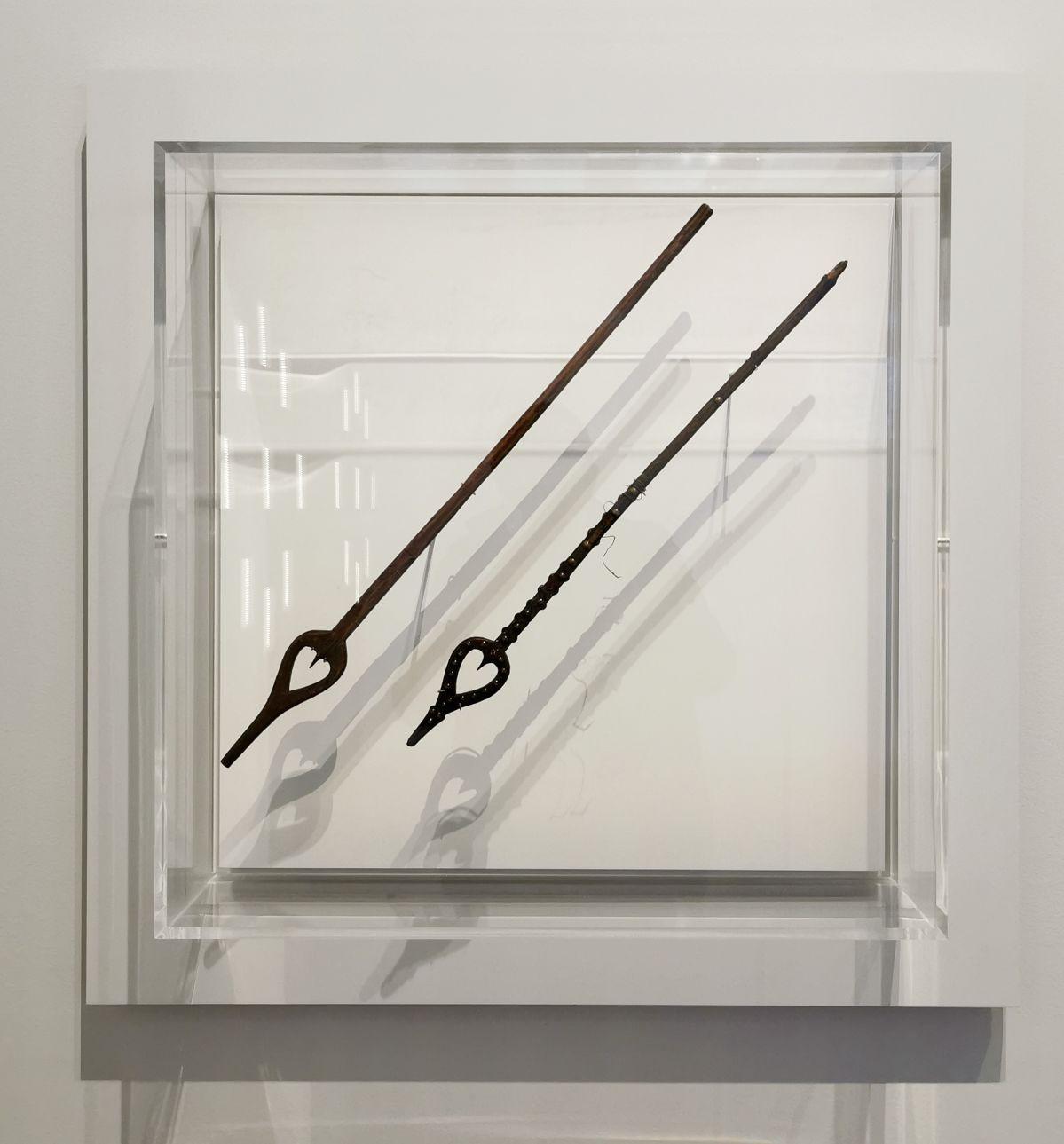 Quenouilles - Jeff Koons au Mucem - Œuvres de la Collection Pinault - Salle 5 - vue de l'exposition