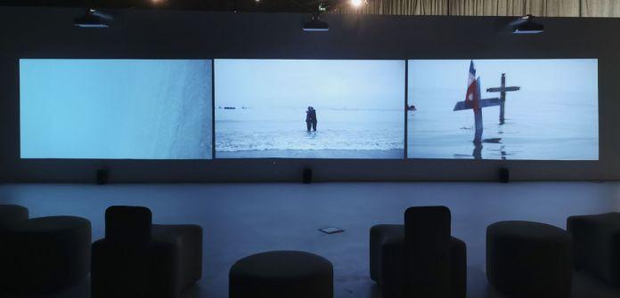 Enrique Ramírez - Los durmientes, 2014 - Vue de l'exposition Jardins migratoires aux Rencontres Arles 2021