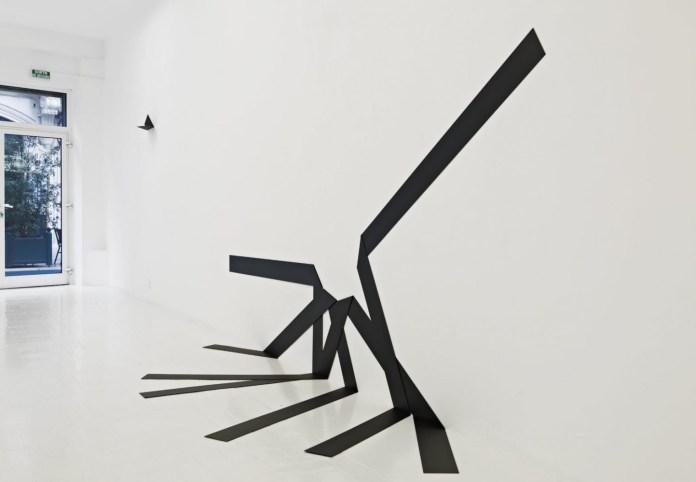 Mehdi Moutashar, Quatre plis à 90 degrés (2012)