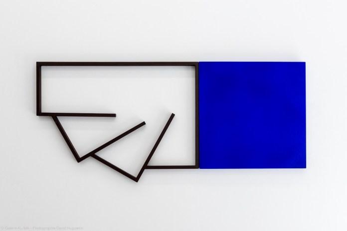 Mehdi Moutashar - Six angles droits et un carré, 2021 - Crédit photo David Huguenin