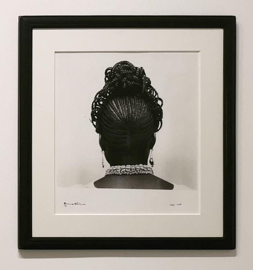 J. D. 'Okhai Ojeikere - Udoji 1971 - Série Hairstyles - Identité et Mémoire - Cosmogonies - Zinsou, une collection africaine au MOCO-Hôtel des collections