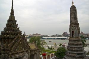 Panorama verso la sponda destra di bangkok