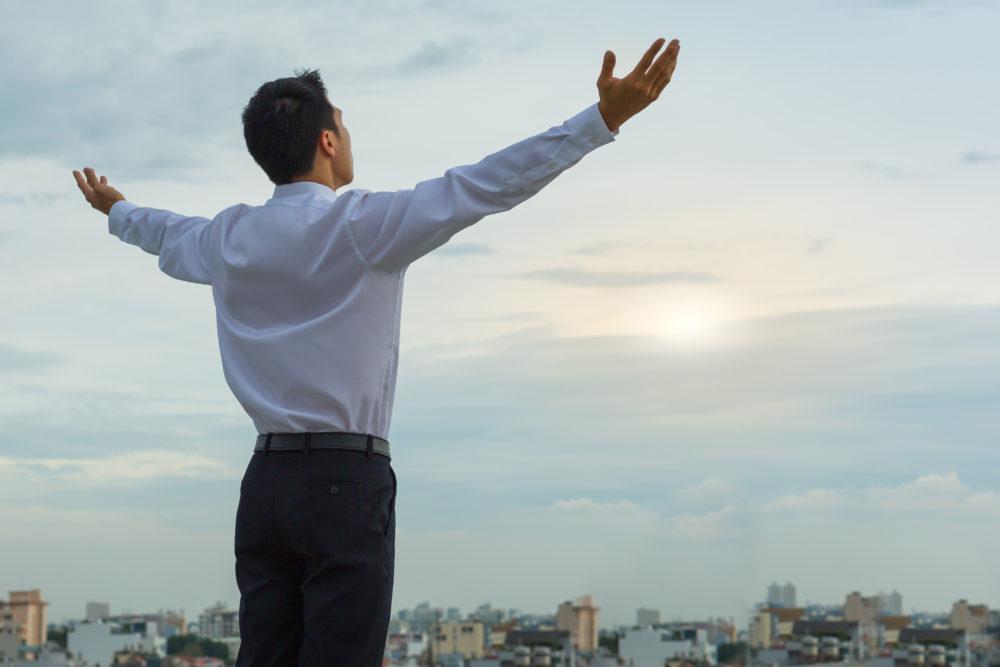 ¿Cómo puedo servir a Dios con mi trabajo?
