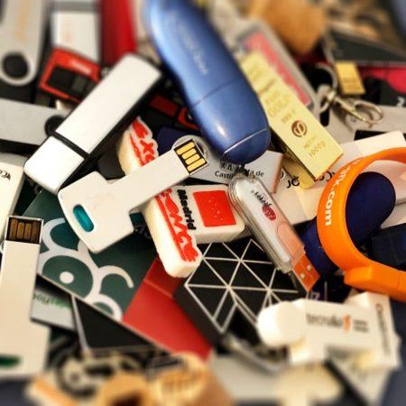 USB Flash drives (IMAGE: EDans)