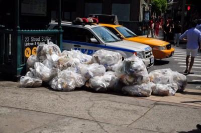 Jour des poubelles à New York