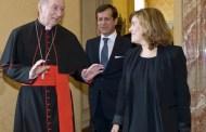 Rajoy indignado con el Vaticano porque hay curas que se meten en política