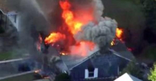 A los maricones súper dotados de los gringos les estallan 39 casas por explosiones de gas