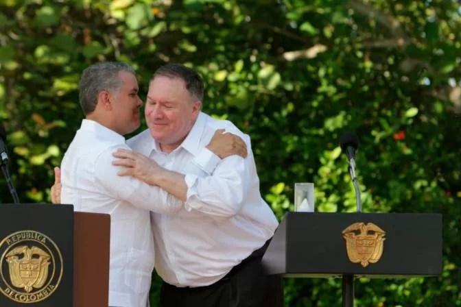 """Análisis histórico de un desdichado """"trino"""" del presidente colombiano Iván Duque"""
