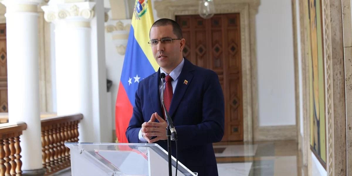 El canciller Jorge Arreaza frente al gran patuque de la Unión Europea...