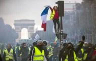 Le pouvoir de l'établissement français Le Gilets Jaunes (¡¡El Poder Del Establecimiento Francés!!) (Los Chalecos Amarillos)...