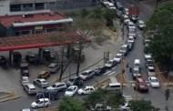 PRESIDENTE, urgente!: aproveche y ajuste el precio de la gasolina, la gente pagaría lo que sea!!!...