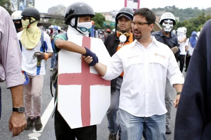 Presidente Maduro, escuche a Sant Roz sobre el Plan Vuelta a la Patria
