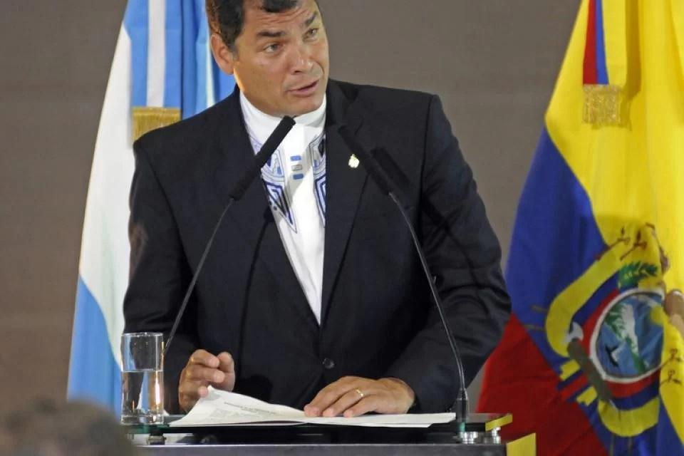 Rafael Correa pidió que haya elecciones ya en Ecuador