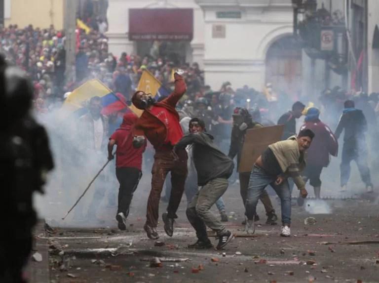 Se le vuelve a enredar el papagayo al traidor de Lenín Moreno en Ecuador.