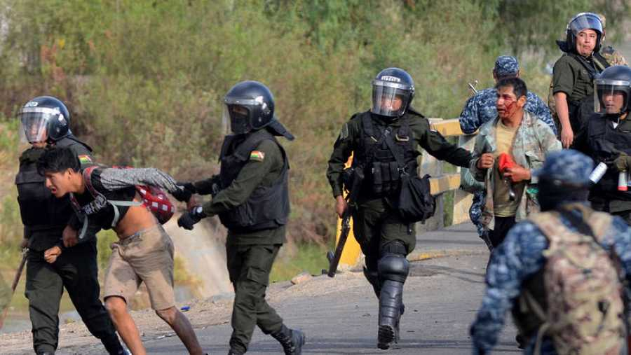 Continúa la represión y las masacres en Bolivia