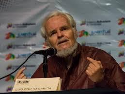 """Luis Britto García: """"Maduro ha resistido tres oleadas de terrorismo callejero"""""""