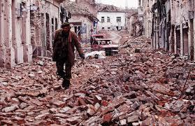 Resultado de imagen para imagenes de bombardeos a yugoslavia 1992