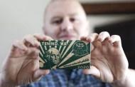 """""""Dólares Covid"""": Esta ciudad empezó a imprimir su propio dinero para combatir la crisis en EEUU"""