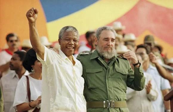 Nelson Mandela, el líder sudafricano que estará siempre presente en el recuerdo de los pueblos del mundo que luchan por la libertad y la soberanía de sus países...