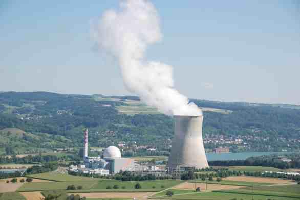 lien surprenant entre un leader et un réacteur nucléaire