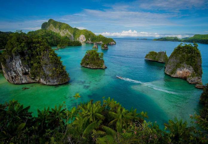 destinasi wisata eksotis di Papua