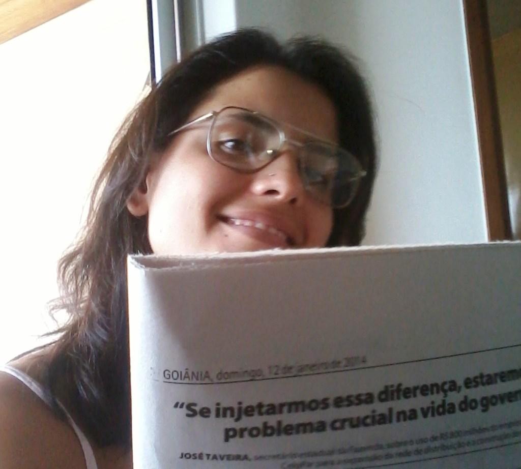 Lendo jornal