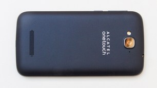 Alcatel-OneTouch-Pop-C7-Achterkant