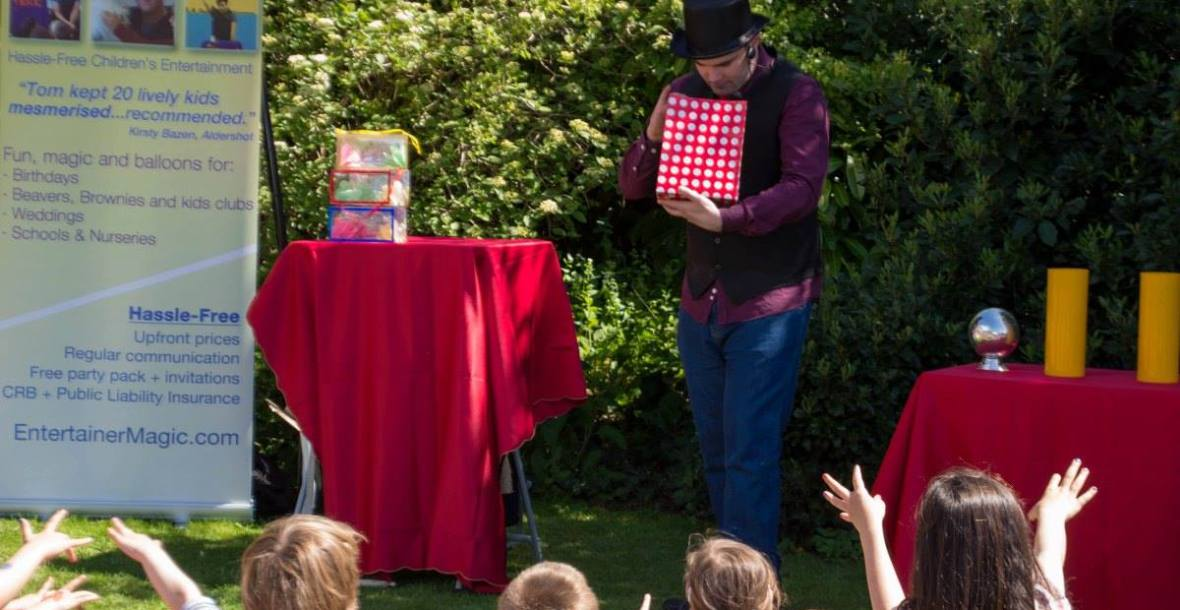 Tom Tricks Fun Magic Show for Chlidren at Event