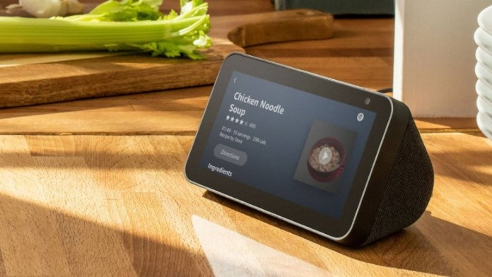 Amazon Echo Show 5 Security Flaw Gives Hacking Contest Victory